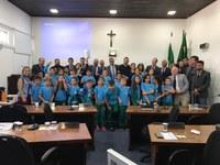 A Câmara de Vereadores de Almirante Tamandaré  recebeu a ilustre presença  dos alunos da Escola Clara Nadir Buzato